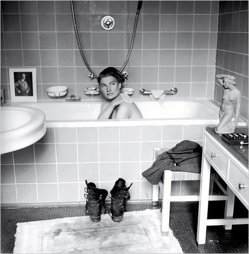 La ragazza che fece il bagno nella vasca di Hitler